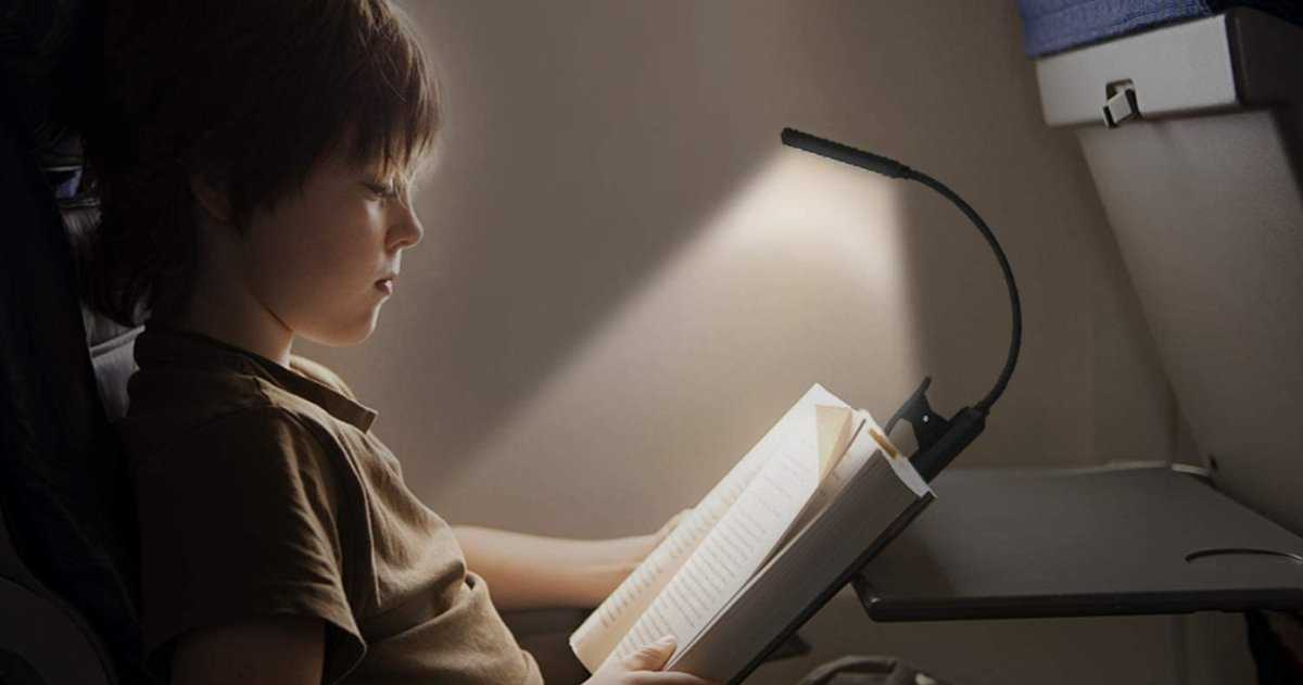 9 lampes de lecture pour oublier votre Kindle et coller avec du papier