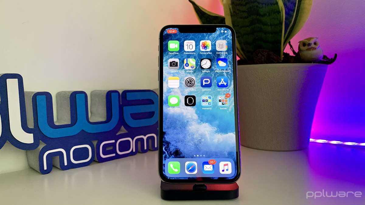 Apple paie des millions de femmes pour que les techniciens publient des vidéos iPhone explicites