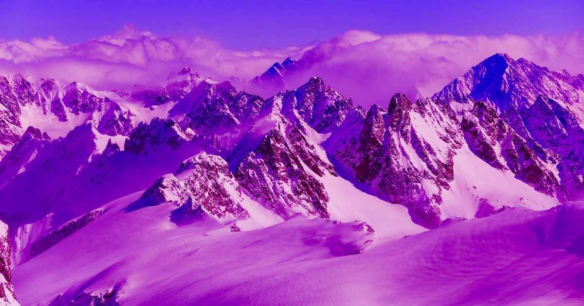 Des scientifiques séquencent l'ADN de la « neige de sang » des Alpes
