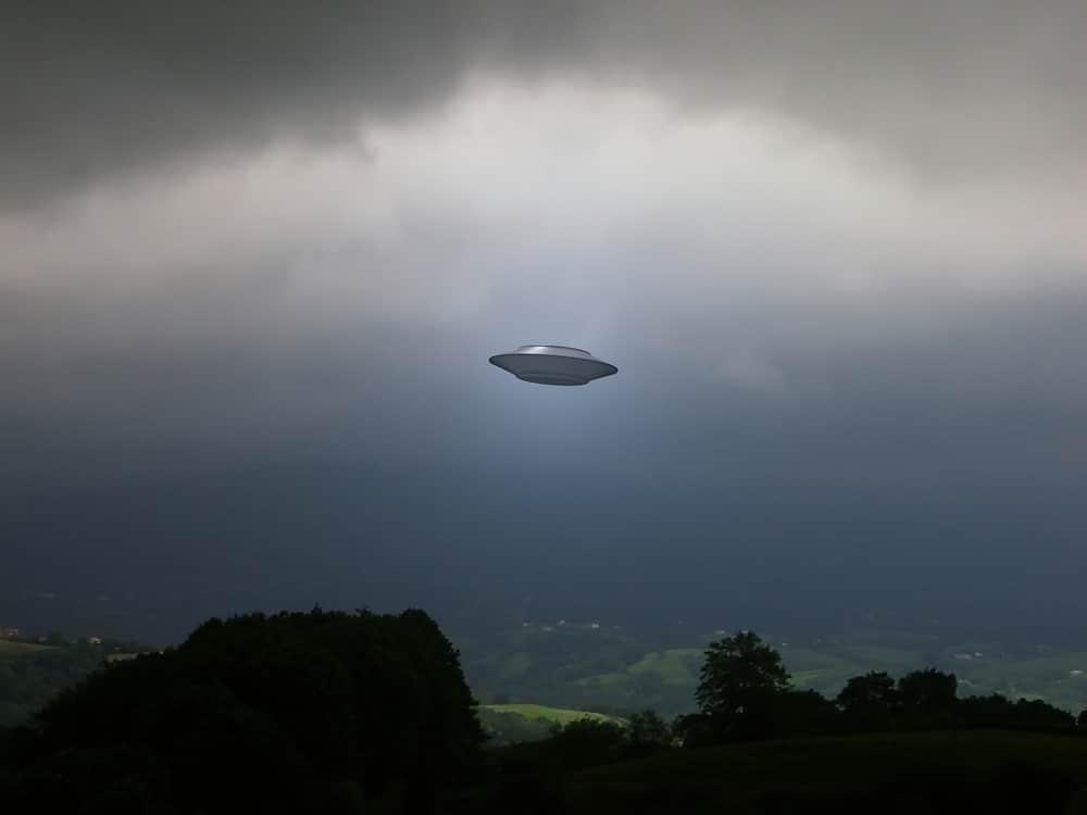 """OVNIS: le Pentagone va détailler les observations """"difficiles à expliquer"""""""