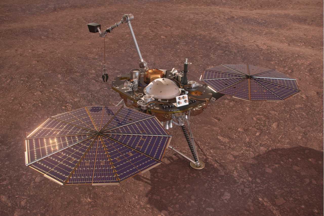 Le module InSight fait un «crochet» pour nettoyer les panneaux solaires eux-mêmes