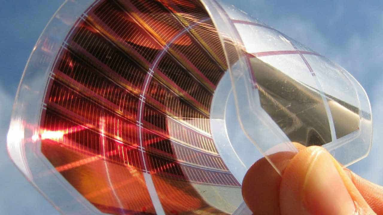Des chercheurs créent un processus qui pourrait accélérer l'approvisionnement en cellules solaires pérovskites