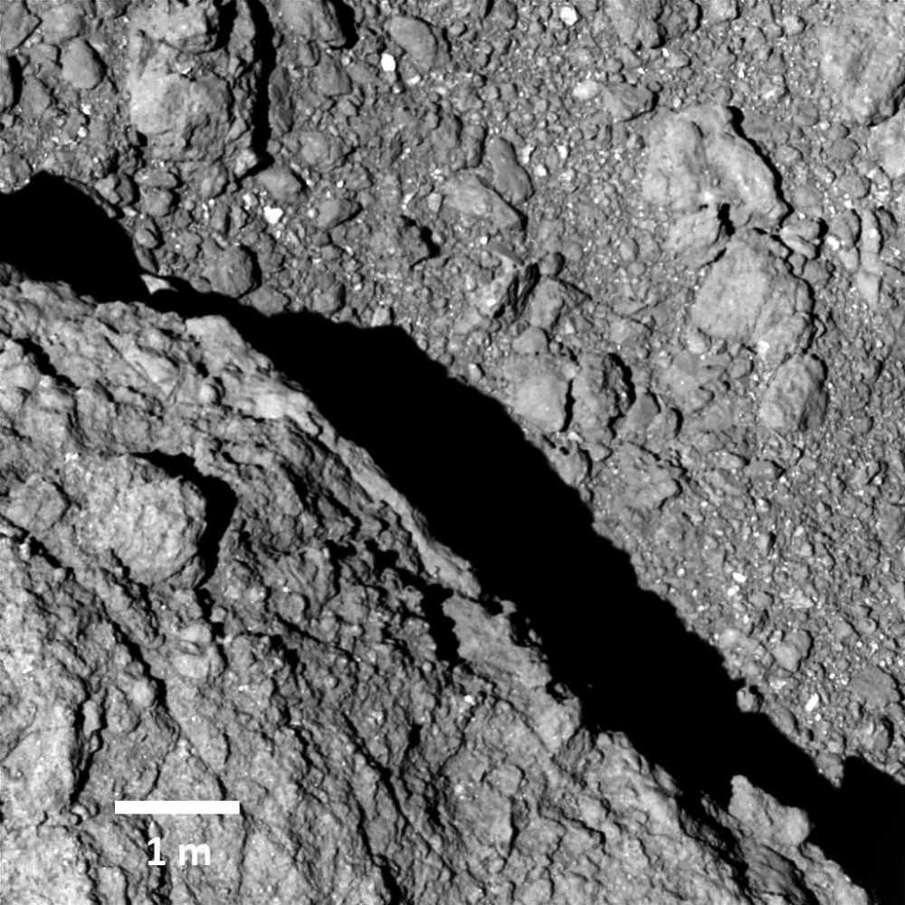 Sonda japonesa descobre rochas 'fofas' no asteroide Ryugu