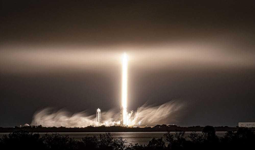 SpaceX expédie Falcon 9 pour les lancements de Starlink en Californie
