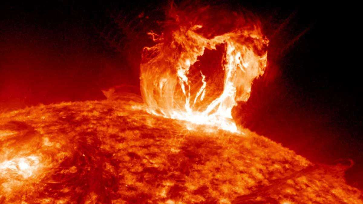 Le Soleil A Déclenché Une Puissante Flamme De Classe X,