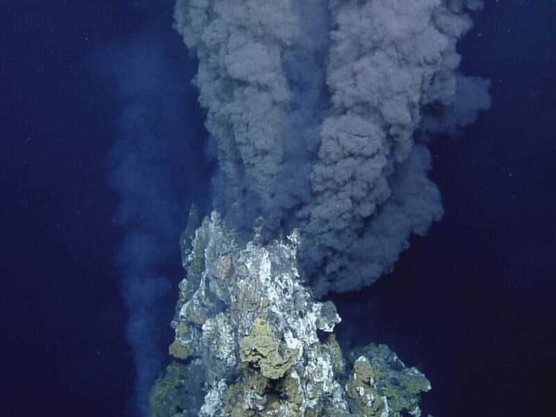 Les Sources Hydrothermales Peuvent Libérer Du Carbone Dans Les Océans,